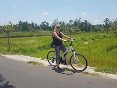 Fietsen op Lombok, Indonesie
