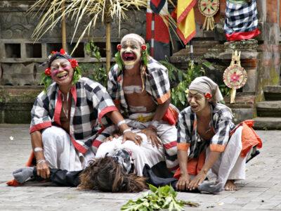 Woon een Balineese dans bij in de omgeving van Ubud
